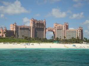 Ways to Save Money at the Atlantis Paradise Island